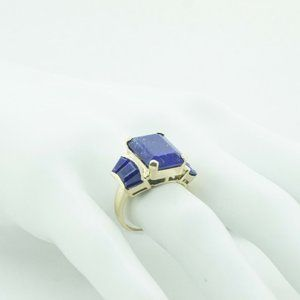 Women's 14k Yellow Gold Ring with 5 Ct Lapis Stone